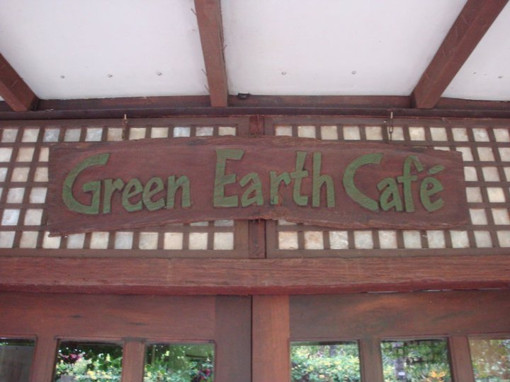 Green Earth Cafe'