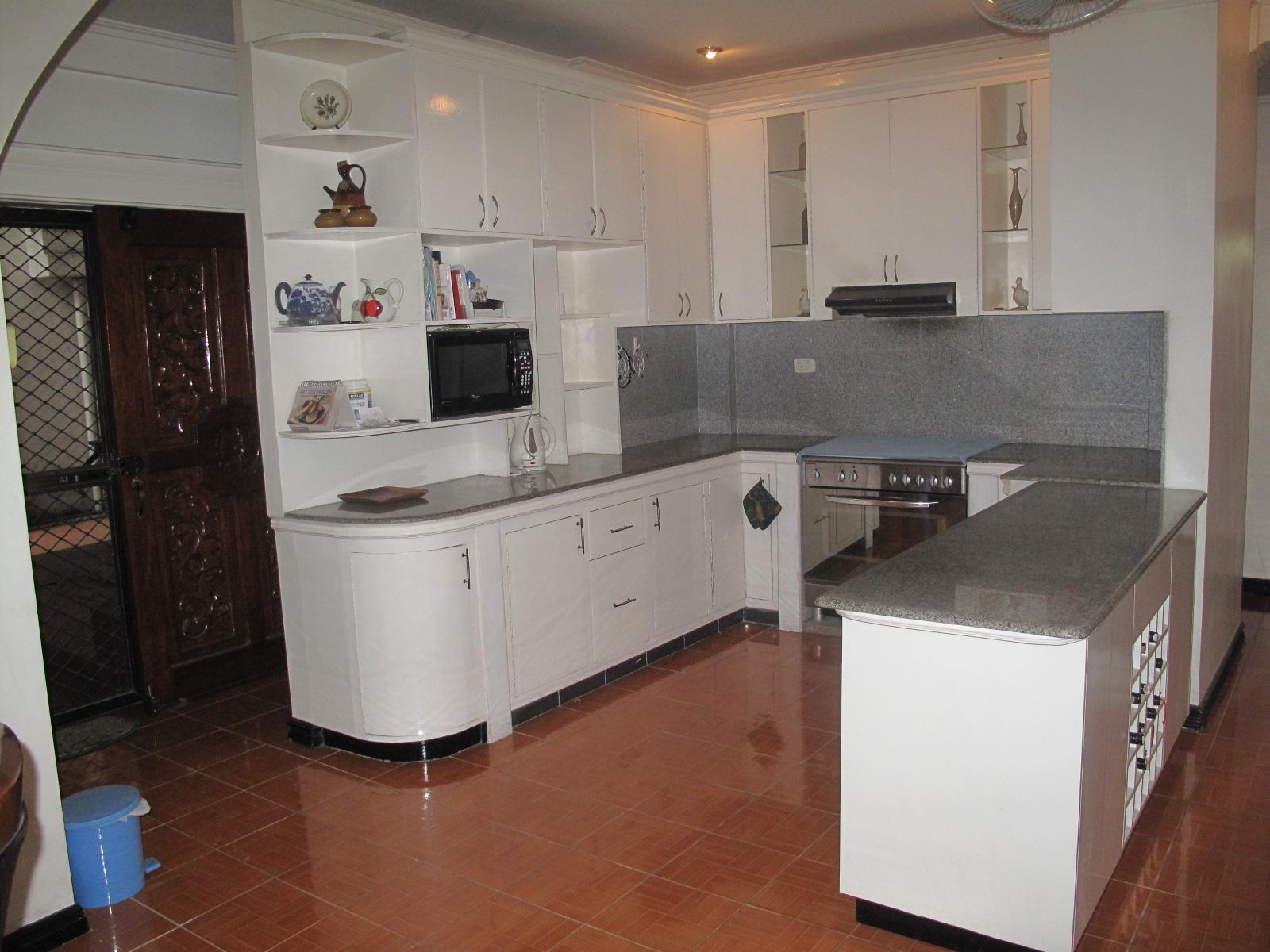 Pili house and lot naga city guide for Casa moderna naga city prices