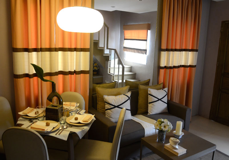 Lessandra Naga Reva model house dining