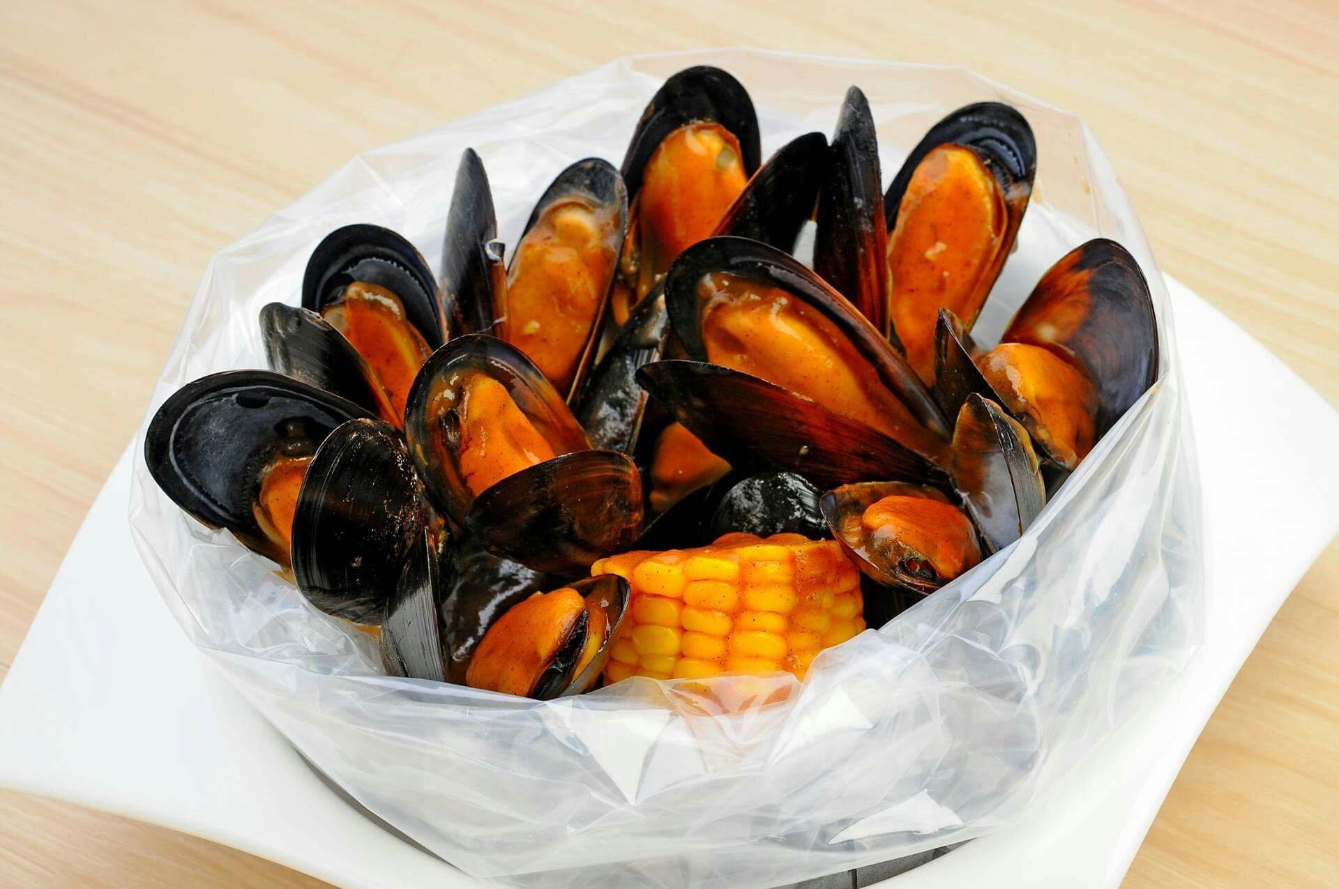 Choobi Choobi Mussels