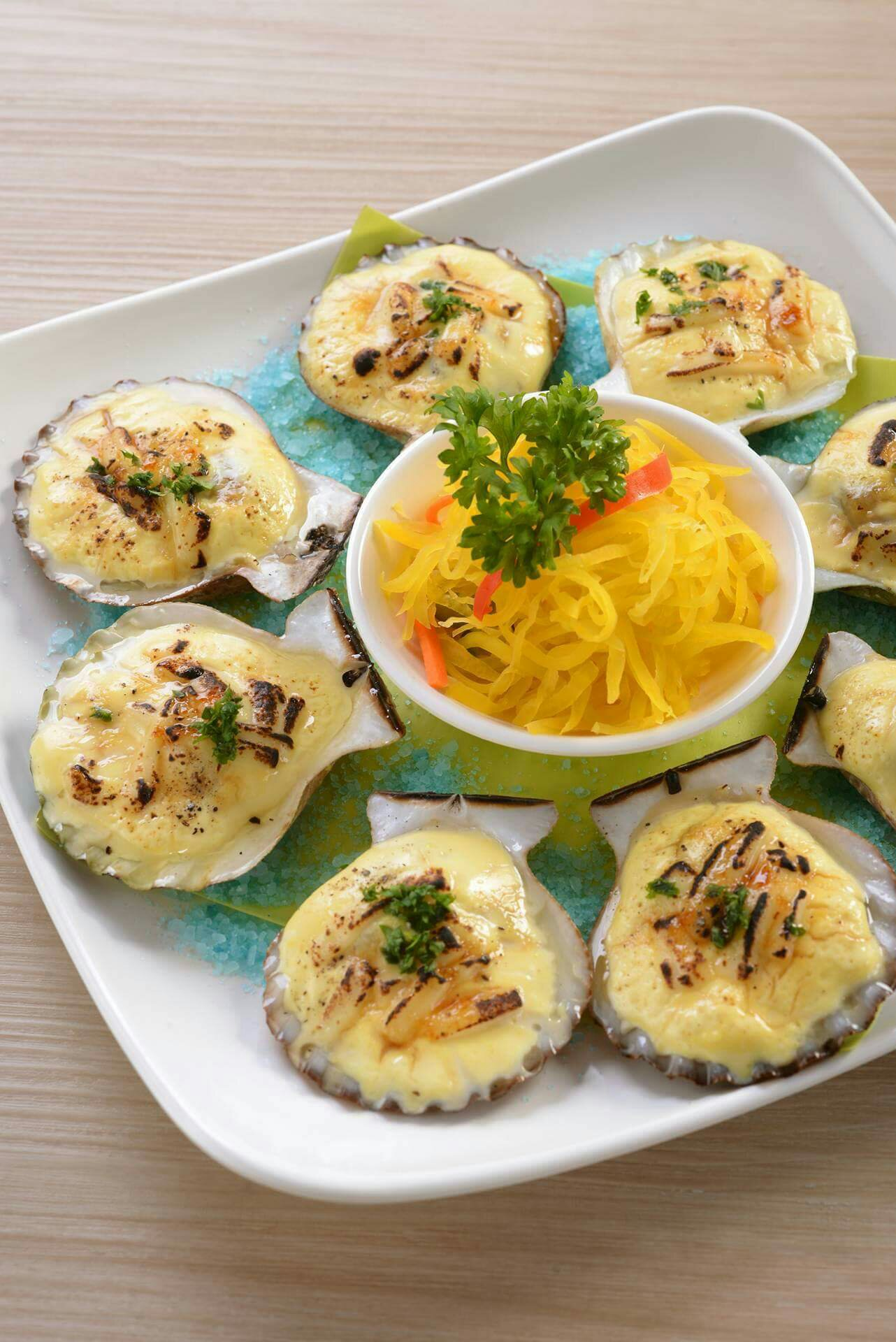 Choobi Choobi Baked Scallops