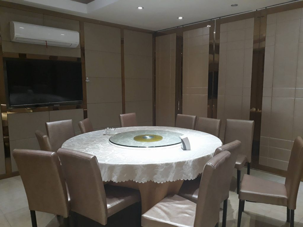 private dining rooms off the main hall