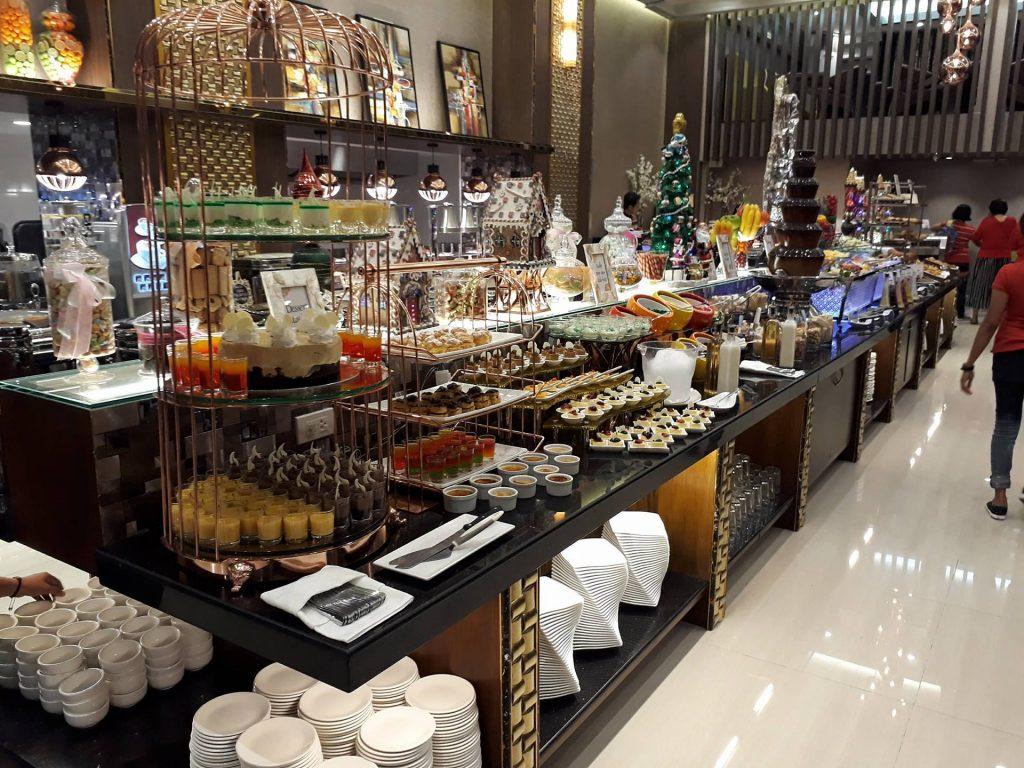 villa caceres hotel rjs buffet naga city