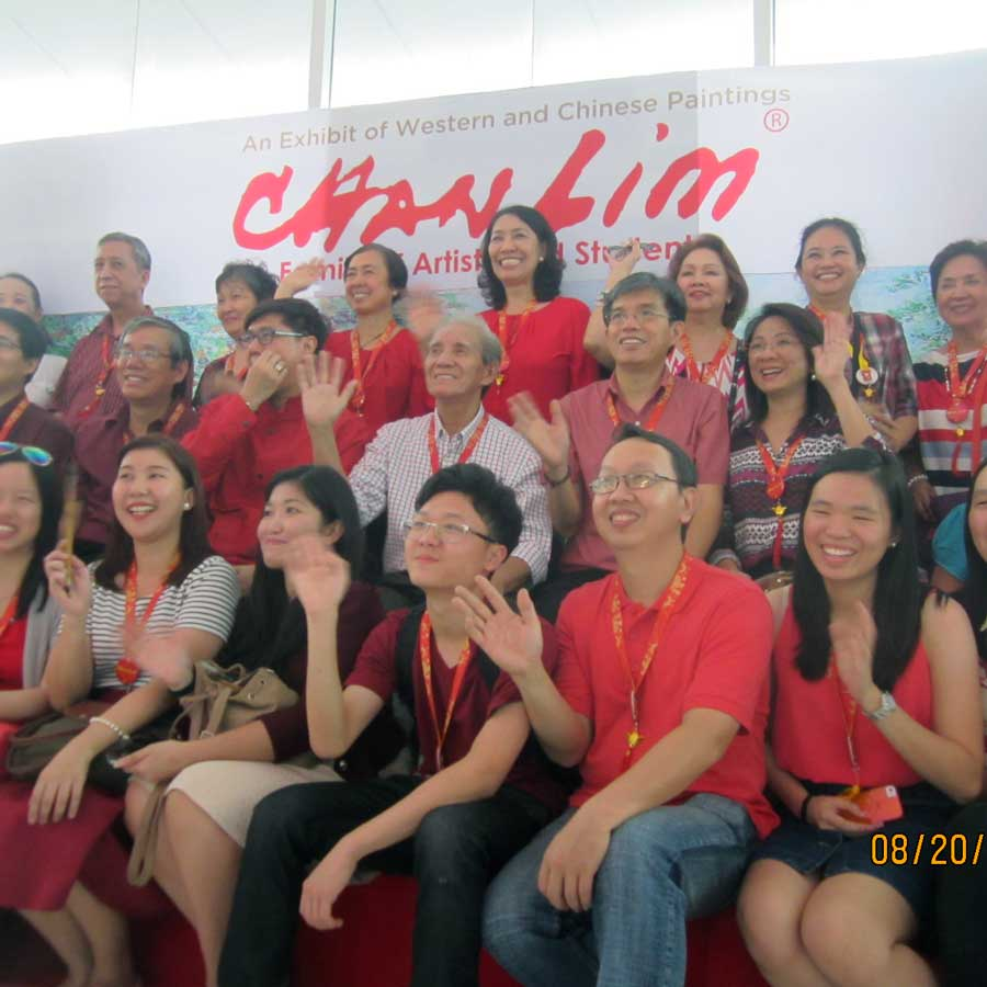 Chan Lim Family of Artiosts and Students in Naga