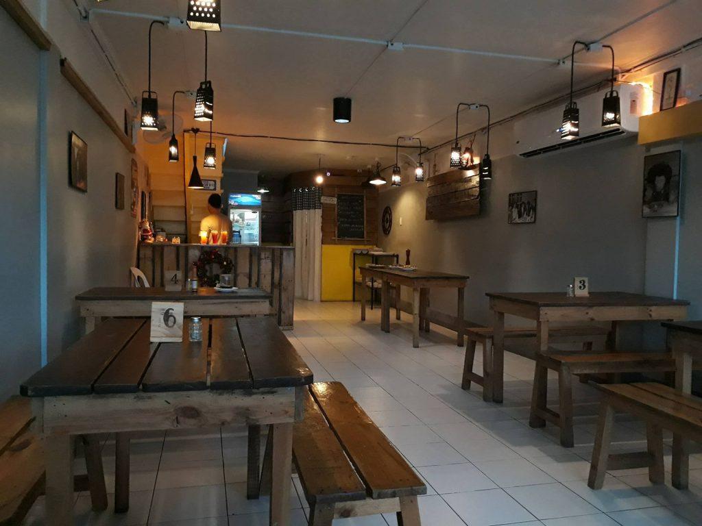 east end taverna interior
