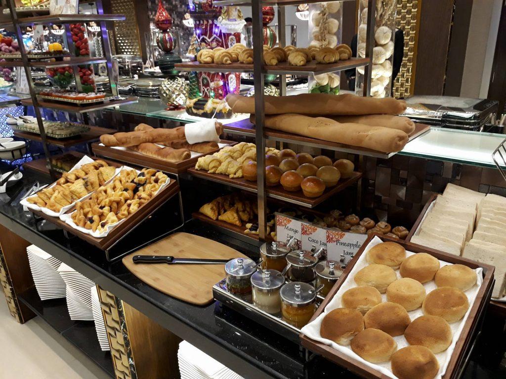 villa caceres hotel rjs buffet breads