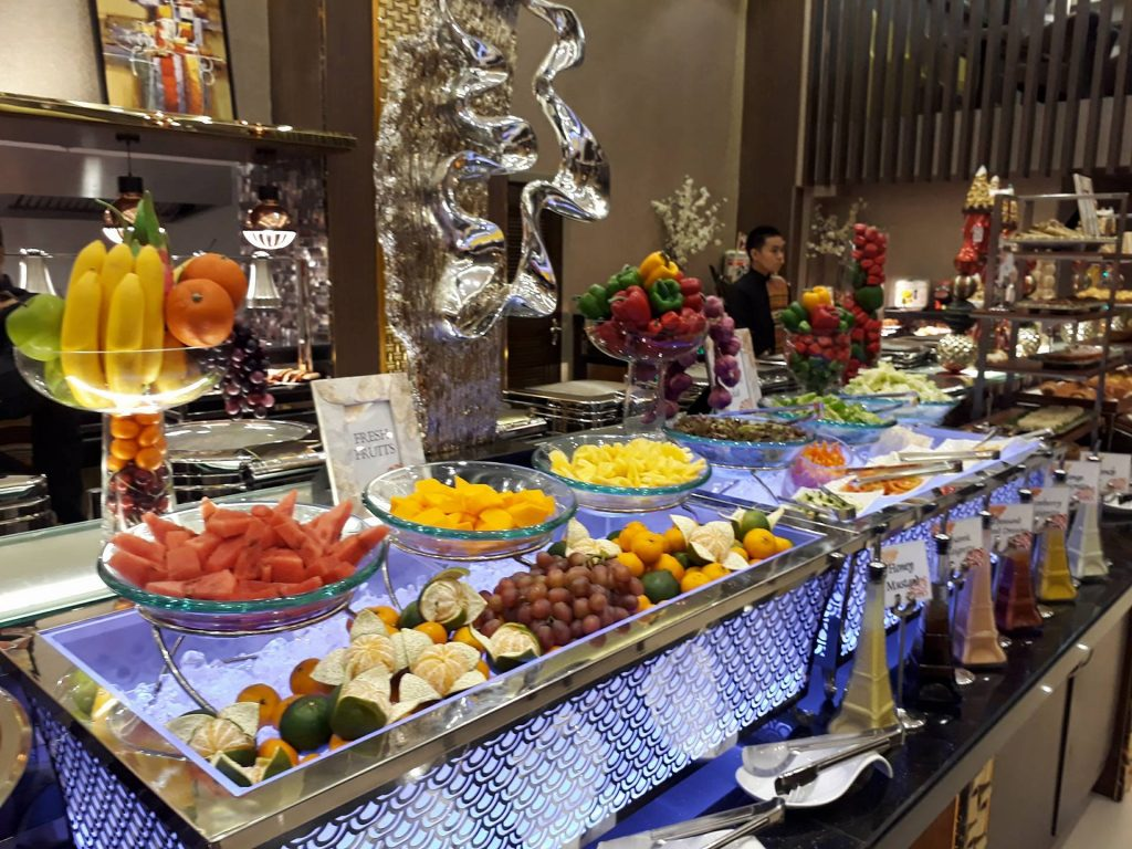 villa caceres hotel rjs buffet fresh fruits