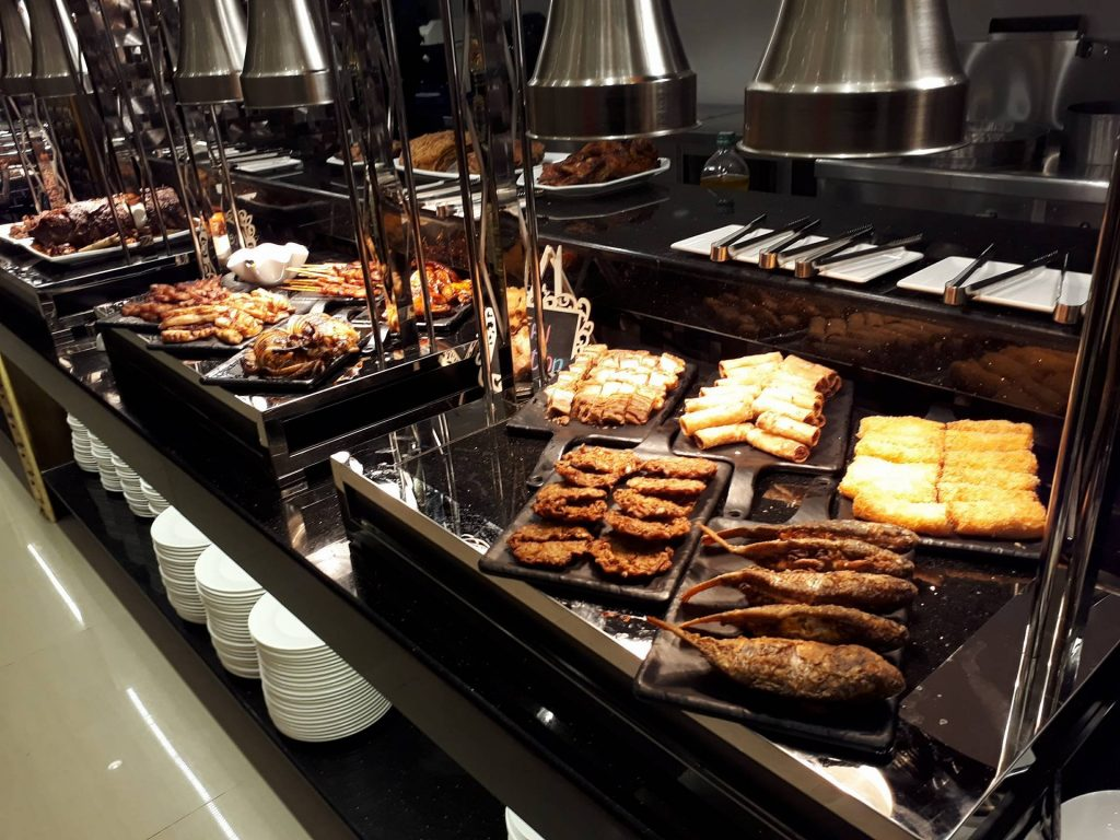 villa caceres hotel rjs buffet fried and grilled stations