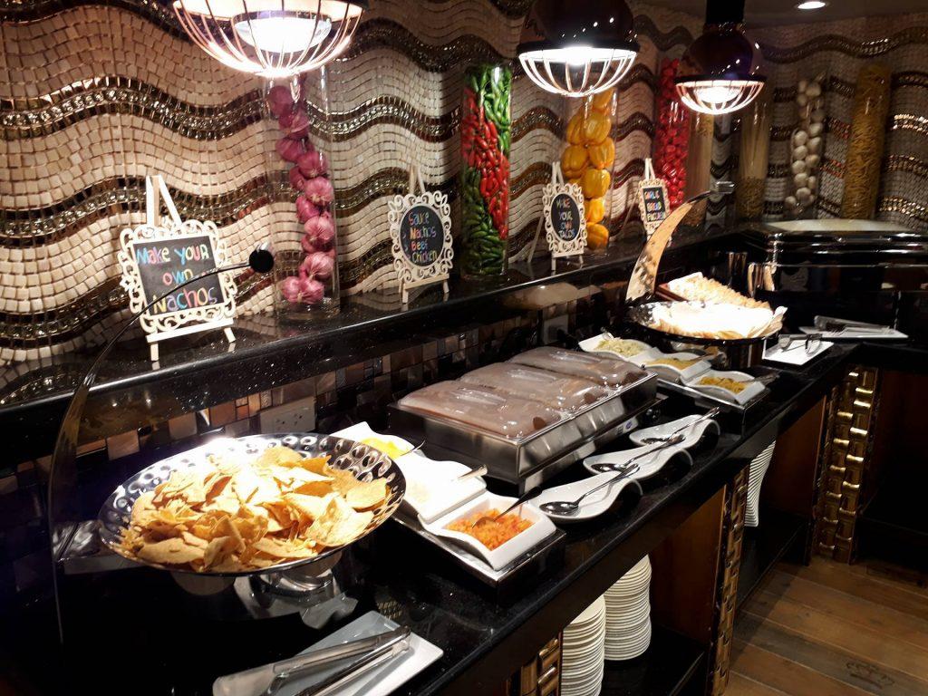 villa caceres hotel rjs buffet nachos station